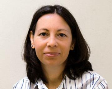 Елена Хаджидиева - специалист фронт офис